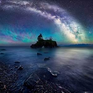 Milky Way Over Hollow Rock by Matt Anderson (Color