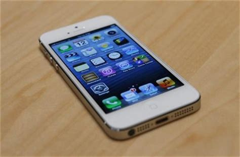apple may sell 33 million iphone 5 units this quarter technology news