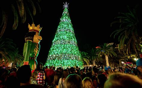 lake eola christmas lights the city of orlando will flip the switch on this tree friday blogs