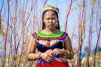African South Ladies Heritage Curves Boobs Celebrate
