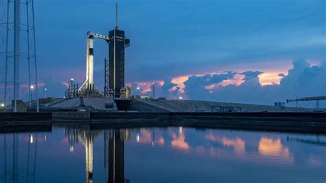 spacex   build floating spaceports  daily