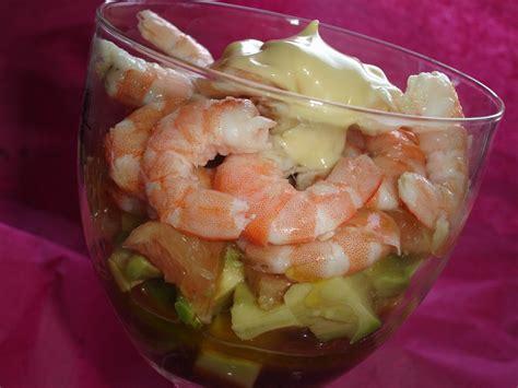 comment cuisiner les crevettes verrines avocat pamplemousse et crevettes les délices d