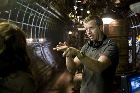 En 2018, après l'apocalypse qui a vu s'affronter les hommes et les robots, john connor est devenu le chef de la résistance humaine contre skynet et son armée de terminators. Le mal-aimé : Terminator Renaissance, l'une des meilleures suites de la saga
