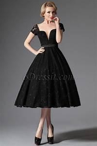 petite robe noire retro vintage en dentelle decollete With robe vintage noire