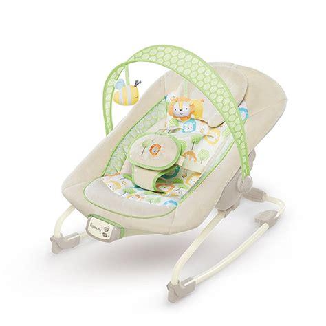 transat bebe balance automatique transat snuggles ingenuity 224 balancement automatique notre test et avis