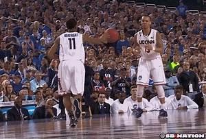 Kentucky vs. UConn, 2014 NCAA basketball championship ...