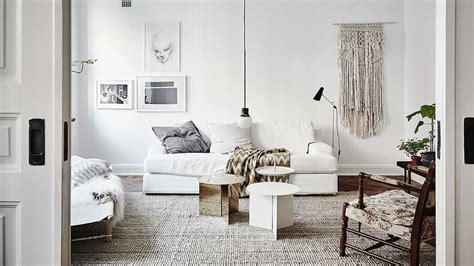bureau bois gris une déco en blanc et bois shake my