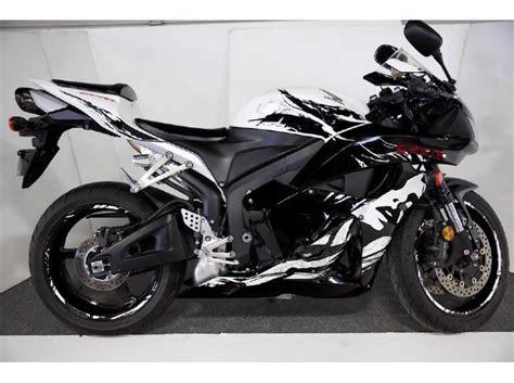 buy used honda cbr600rr buy 2010 honda cbr600rr leyla edition sportbike on 2040 motos