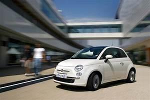 Fiat 500 2010 : 2010 fiat 500 gets 900cc two cylinder turbocharged engine autoevolution ~ Medecine-chirurgie-esthetiques.com Avis de Voitures