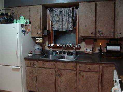 primitive kitchen decorating ideas roadtrip treasures finished primitive kitchen cabinets