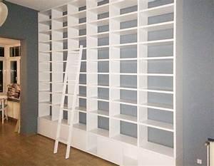 Bücherregal Mit Leiter : leeres b cherregal 3m mit leiter wohnzimmer in 2019 b cherregal schmal leiter b cherregal ~ Watch28wear.com Haus und Dekorationen