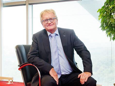 Hij werd 66 jaar oud. Oud-werkgeversvoorzitter Hans de Boer overleden   SER