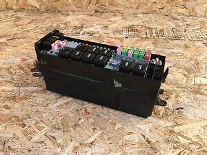 05 Range Rover Fuse Box Location by Land Rover Lr3 Range Sport 05 09 Front Engine Fuse Box