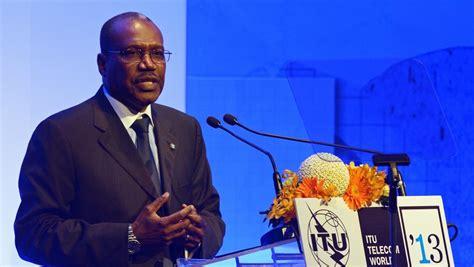 secretaire general de l union africaine mali deux nouvelles candidatures 224 la pr 233 sidentielle rfi