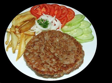 cuisine du lapin recette pljeskavica le burger épicé façon serbe