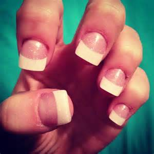 White French Tip Acrylic Nails
