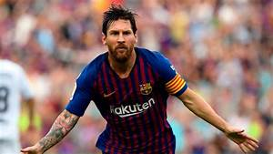 Lionel Messi injury: Barcelona star fractures arm after ...