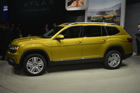 volkswagen new vw 39 s new atlas 7 seat crossover was designed for 39 mericans