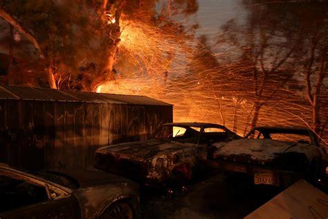 thomas fire map ventura fire  timeline death toll