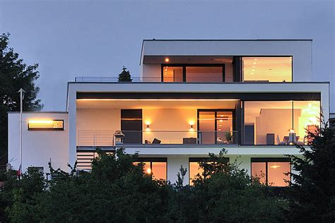 Moderne Kubische Häuser by Haus Rheinblick Wirges Klein Architekten Homify