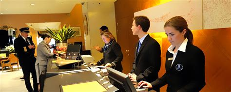 front desk job openings hotel management