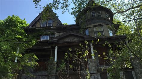 preservation puzzle  mystery manor  oasis  black culture  pittsburgh curbed