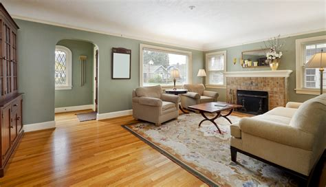 paint colors for living room with light wood floors