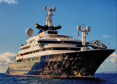 luxury superyachts owned  famous people yacht
