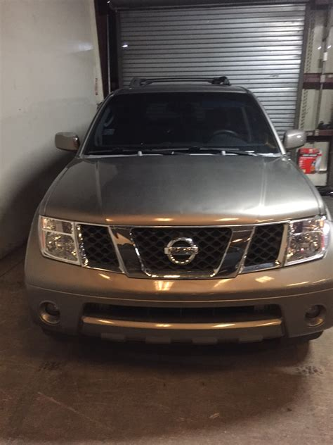 2005 Nissan Pathfinder Le by 187 2005 Nissan Pathfinder Le 005761