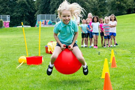 50 field day ideas and activities 804 | iStock 000060174500 600x400