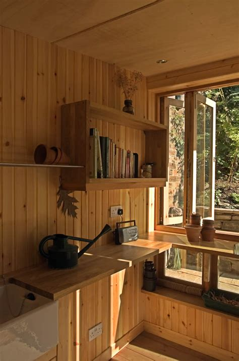 Potting Shed Ta Hours by Architect Visit A Quot Posh Quot Potting Shed By Helen Lucas