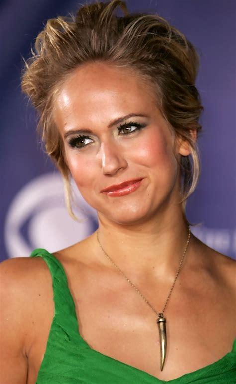 actress jennifer landon jennifer landon photos photos 32nd annual people s