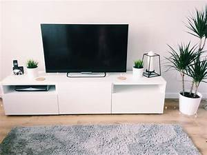 Ikea Table Tv : ikea tv stand latest ikea tv stand with ikea tv stand elegant ikea tv stand with ikea tv stand ~ Teatrodelosmanantiales.com Idées de Décoration
