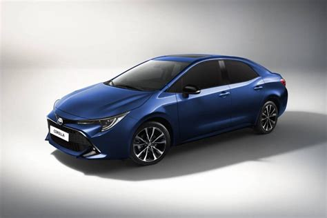 upcoming  toyota corolla sedan rendered   launch