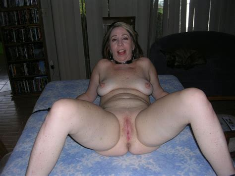 In Gallery Stupid Soccer Mom Naked Spread And Dildoed Picture Uploaded By Darks L On