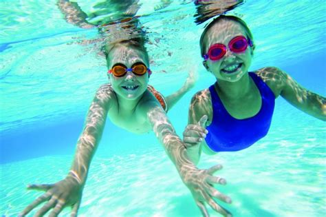 Swim Lessons & Aquatic Programs