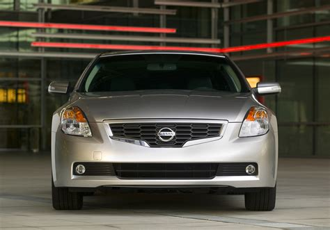 nissan altima tuner 2009 nissan altima coupe demands attention with aggressive