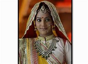 GR8! TV Magazine Rajshree Thakur to continue as Maharani