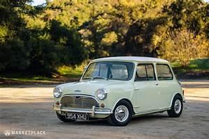 Mini Austin Cooper : 1964 austin mini cooper s 40 000 petrolicious ~ Medecine-chirurgie-esthetiques.com Avis de Voitures
