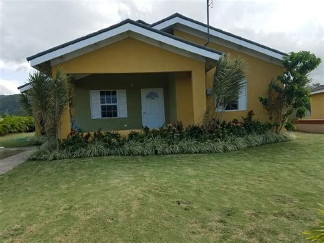 3 Bedroom 2 Bathroom House For Rent by 3 Bedroom 2 Bathroom House For Rent In Drax St