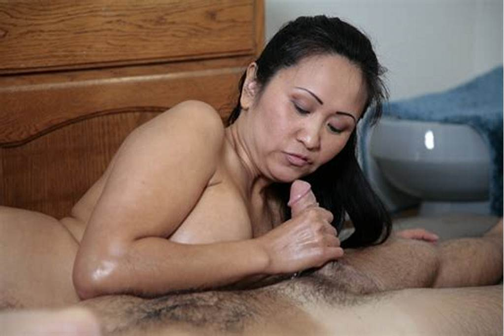 #Sexy #Mature #Asian #Gives #Soapy #Handjob #On #The #Air #Mat