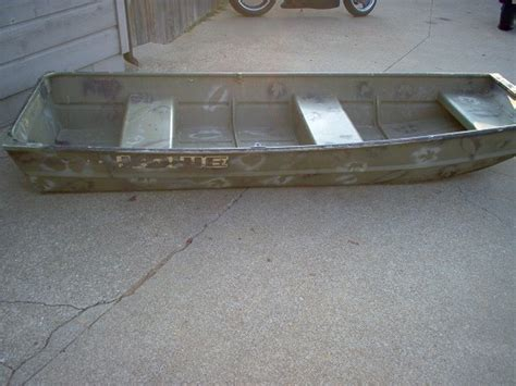 10ft Jon Boat Dimensions by 10ft Jon Boat Pictures To Pin On Pinsdaddy