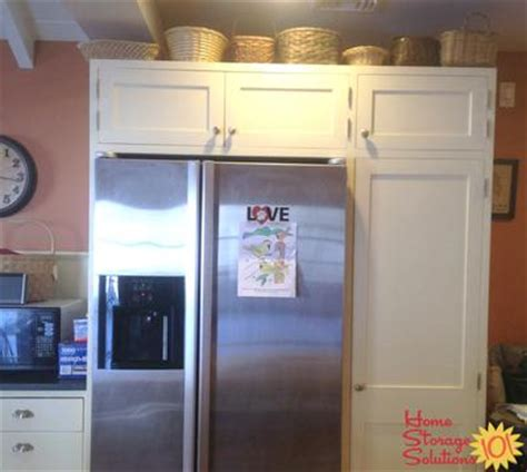 baskets on top of kitchen cabinets decorating above kitchen cabinets ideas tips 9078