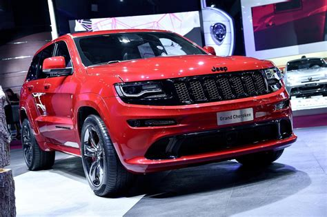 jeep grand cherokee srt red jeep grand cherokee srt red vapor features noise