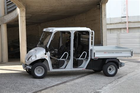 electric utility vehicles 2 4 6 seat electric vehicles