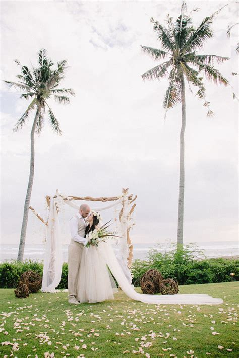 bohemian wedding in bali destination wedding 100 layer