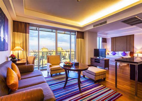 The Column Bangkok  Sukhumvit Hotel Bangkok  Bangkok. Tulip Hotel Apartments. Beatriz Atlantis And Spa Hotel. Bademite Apartments. Sonesta Club Hotel. Barcelo V Centenario Hotel. Golden Tulip Al Barsha Hotel. Hotel Maria Cristina. Etn Hotel