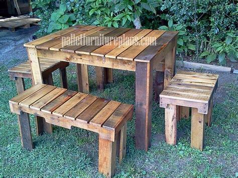 Pallet Patio Furniture Plans by Creative With Pallets Diy Pallet Furniture Plans