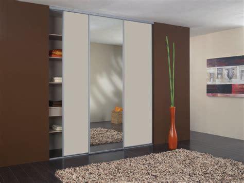 les placards de chambre a coucher dressing pour votre chambre portes de placard pour