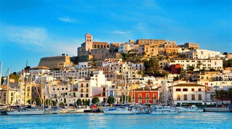 Ibiza, Spain, A Paradise For The Party Addicts - Traveldigg.com